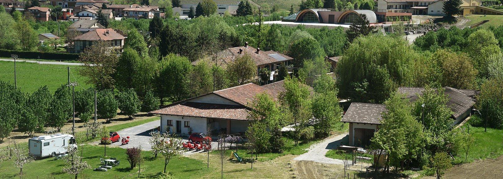 Prenota Agri-camping a La Morra - La Rosa nel borgo